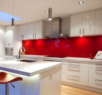 red-glass-splashbacks-uk